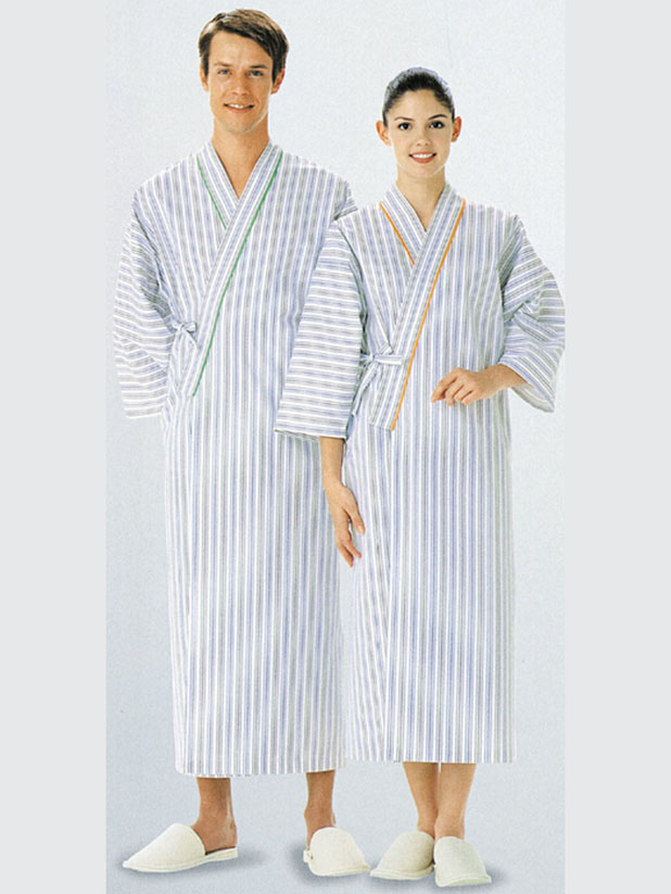 Crossing neckline bathrobe with color trim